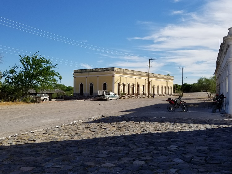 San Luis Gonzaga 3.jpg - 167kB