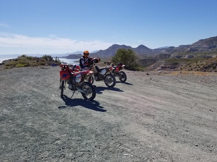 La Paz Flat Tire.jpg - 210kB