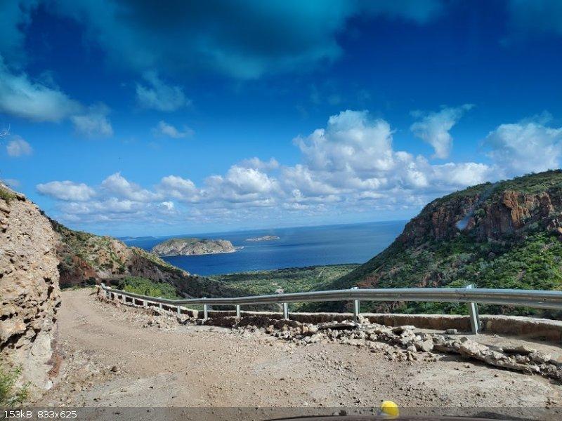 Approach to Bahia Agua Verde 3.jpg - 153kB