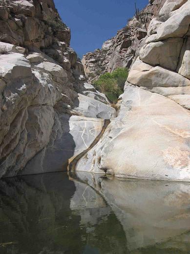 slide-from-below.jpg - 38kB
